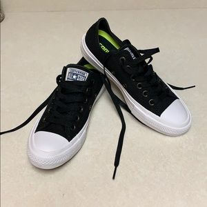 Never worn converse II sneakers size 6.5 womens